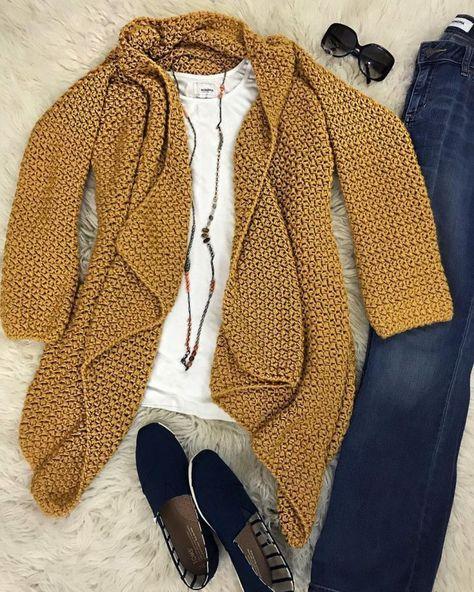 The Elizabeth Cardigan - Crochet Along (CAL) #crochetclothes