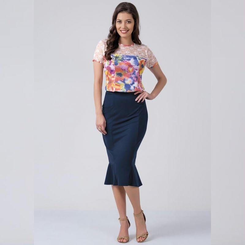 O que é amizade pra você ? Marque quem te lembra nesse look !!   CONJUNTO COM RENDA NA BLUSA AZUL E FLORES  COMPRE AGORA!  http://imaginariodamulher.com.br/produto/conjunto-com-renda-na-blusa-azul-e-flores/ #comprinhas#modafeminina#modafashion#tendencia#modaonline#moda#instamoda#lookfashion#blogdemoda#imaginariodamulher