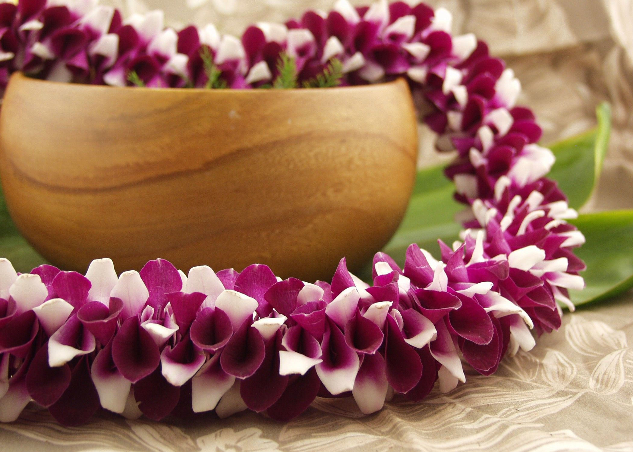 Pin by asayo on lei pinterest purple orchid wedding colorful okika oh kee kah flower leis izmirmasajfo