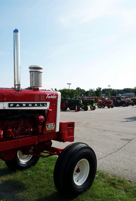 Tractors, tractors everywhere... #MecumGF