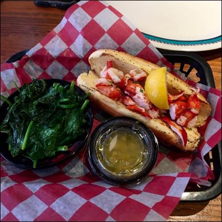 Five+Must+Try+Lobster+Rolls+To+Try+In+Atlanta