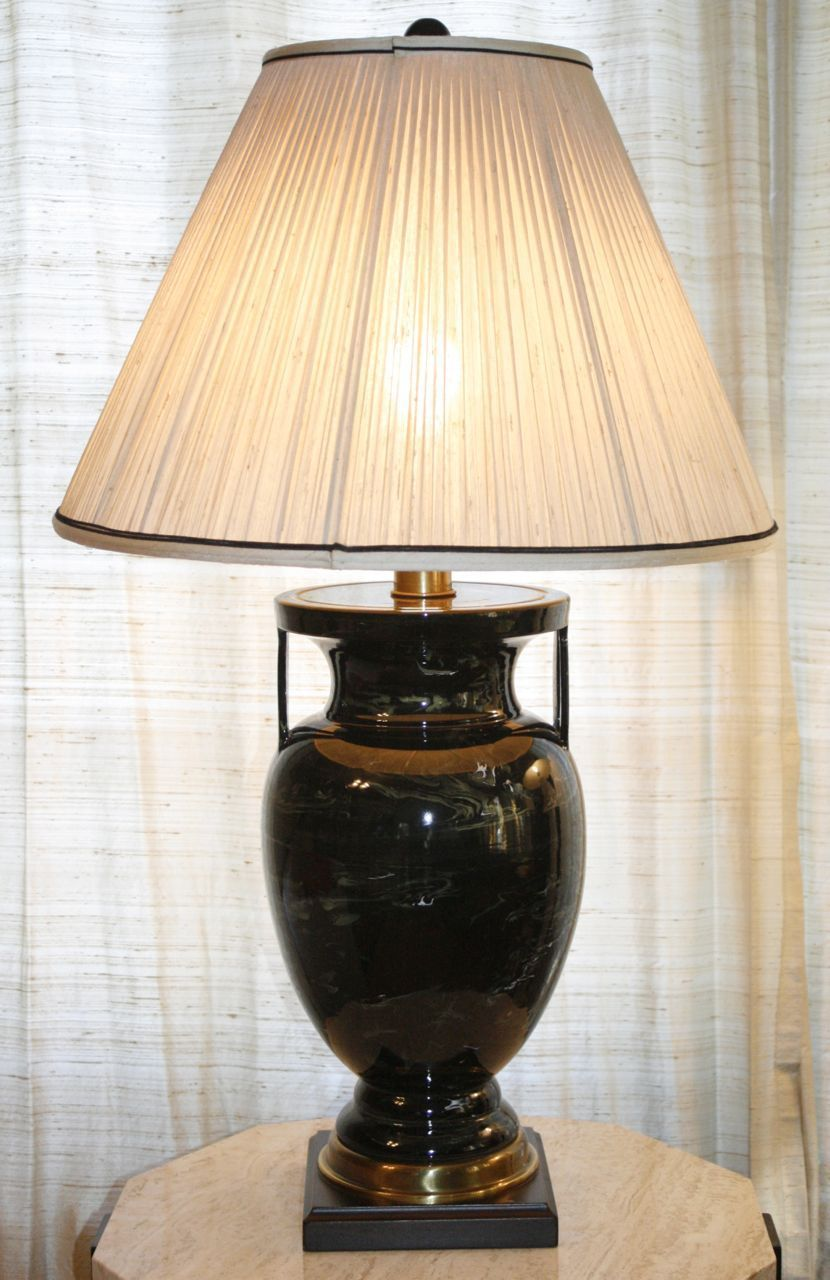 Vintage frederick cooper table lamp swirl pattern urn porcelain vintage frederick cooper table lamp swirl pattern urn porcelain brass base ebay geotapseo Image collections
