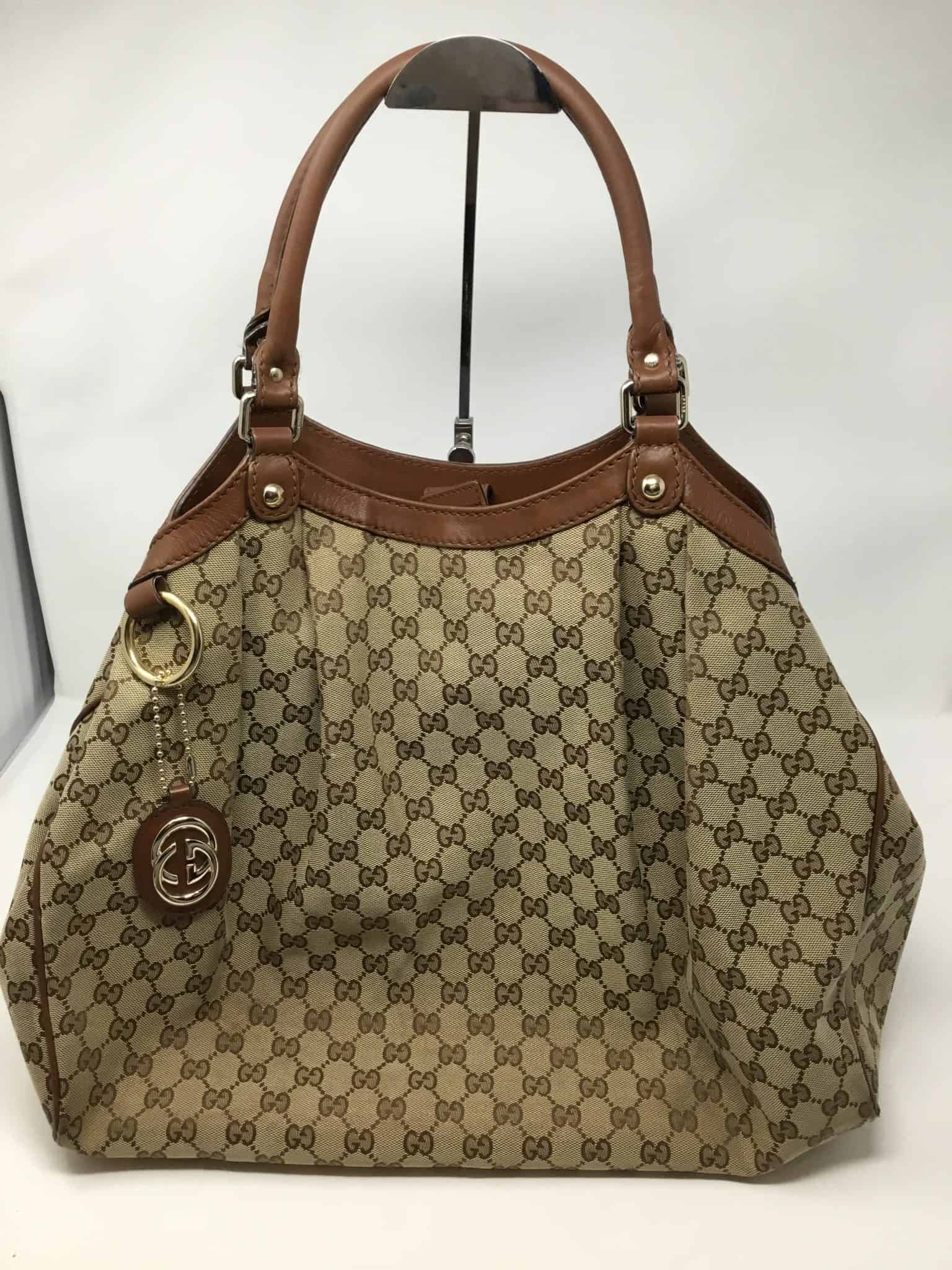 24949663a16a1d Gucci gg large sukey tote in 2019 | Gucci Addiction | Gucci, Bags ...
