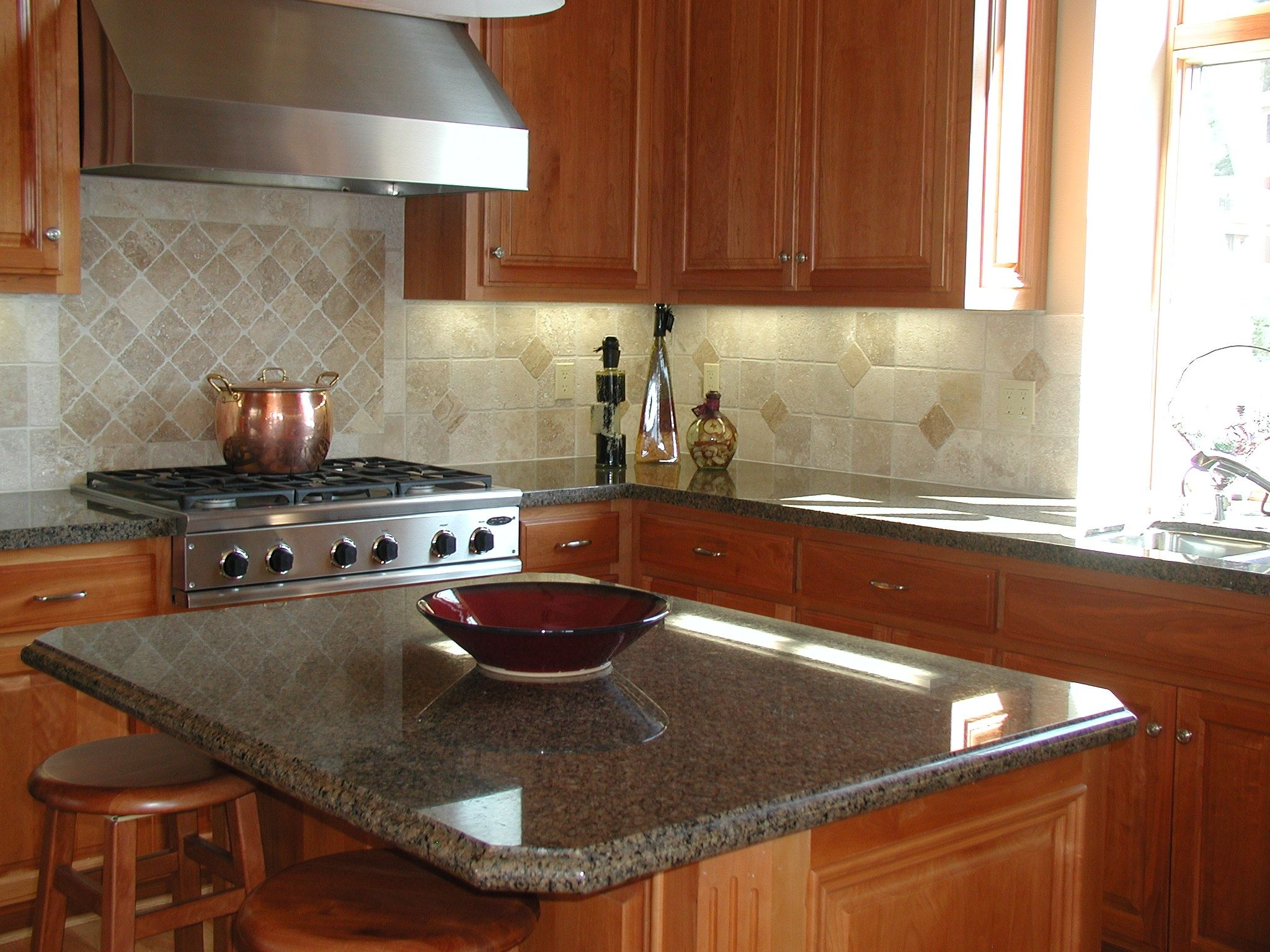 countertops are not quite so dark but look nice and the backsplash is good kitchen designs with kitchen - Kitchen Island Countertop