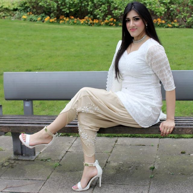 Beautiful Weather In Manchester Today! My #outfitoftheday