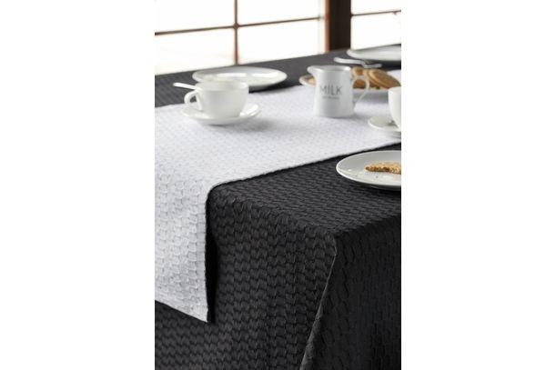 braune Tischdecke aus Halbleinen