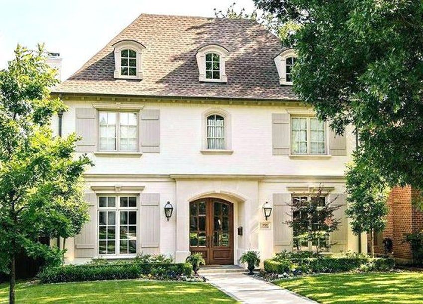 Timeless Exterior House Colors & Combinations that Everyone is Asking About