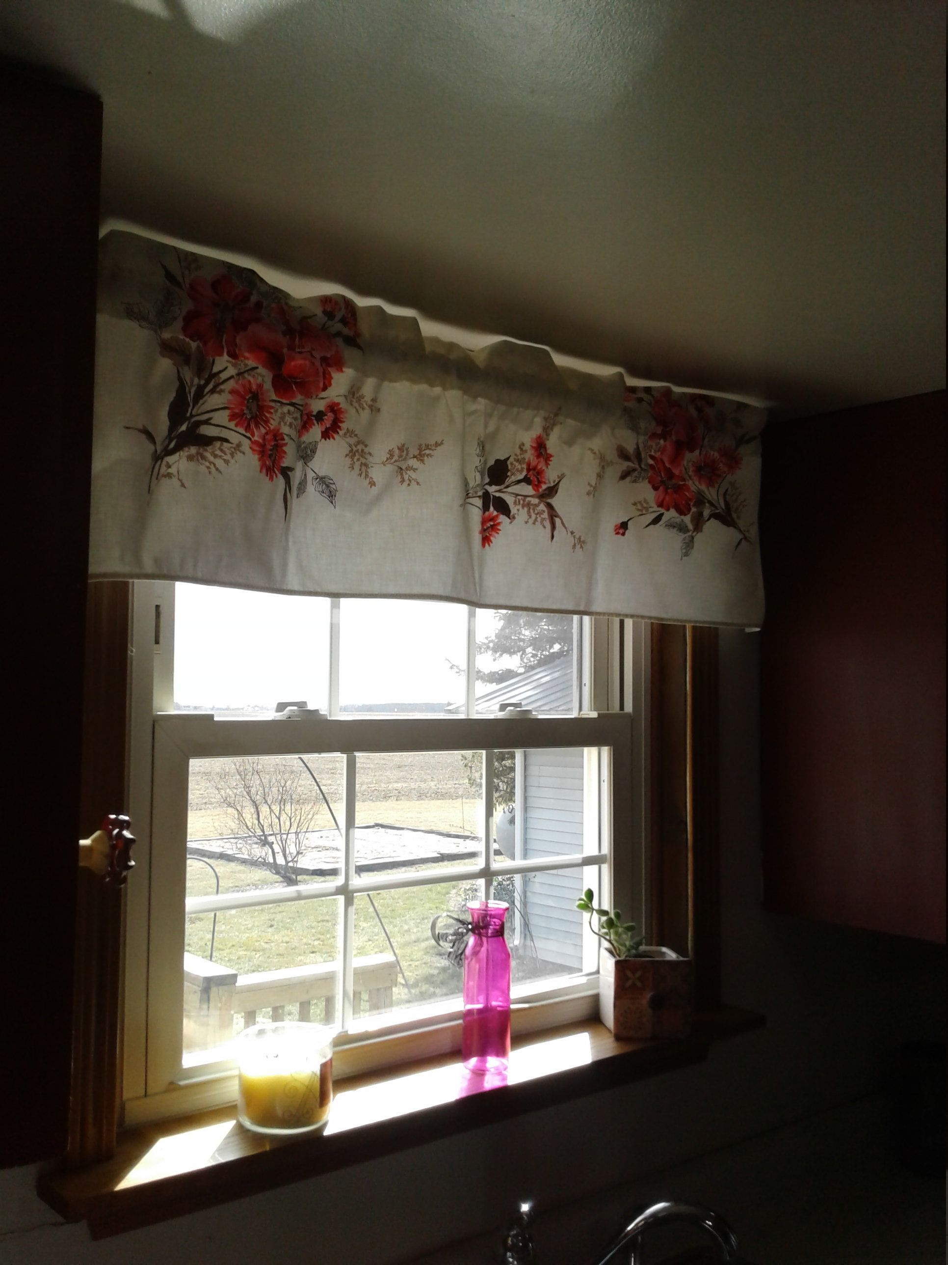 Retro valance curtain kitchen window covering vintage fabric red