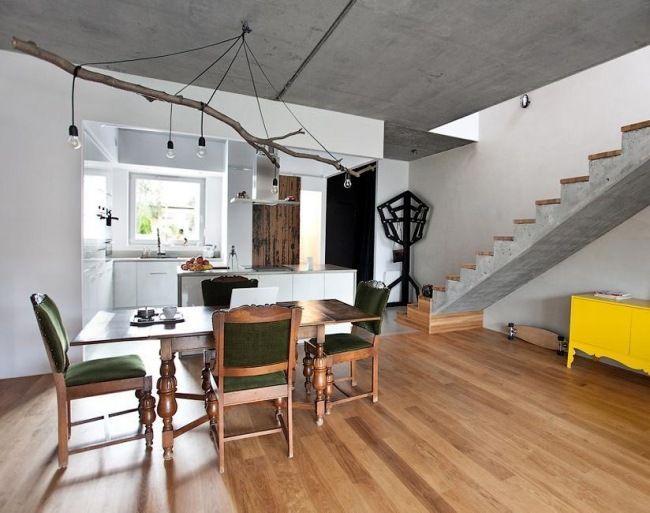 waldhaus kronleuchter zweig gl hbirnen holzboden esstisch wintergarten pinterest waldhaus. Black Bedroom Furniture Sets. Home Design Ideas