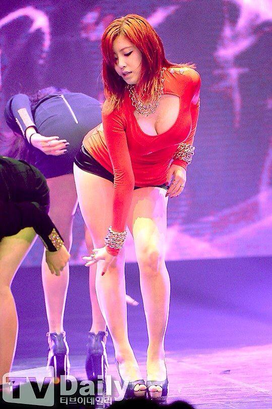 korea sing girl nakd