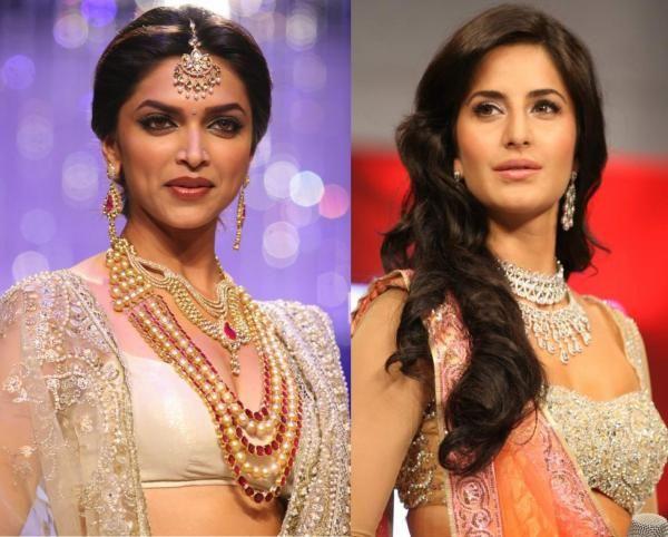 Ex Love Birds Ranbir Kapoor And Deepika Padukone Are Super Excited For Their Upcoming Flick Tamasha They Both Still Ha Katrina Kaif Deepika Padukone Bollywood