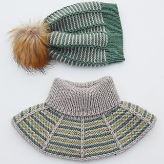 Photo of Rillestripehals / Garter Stripes Collar