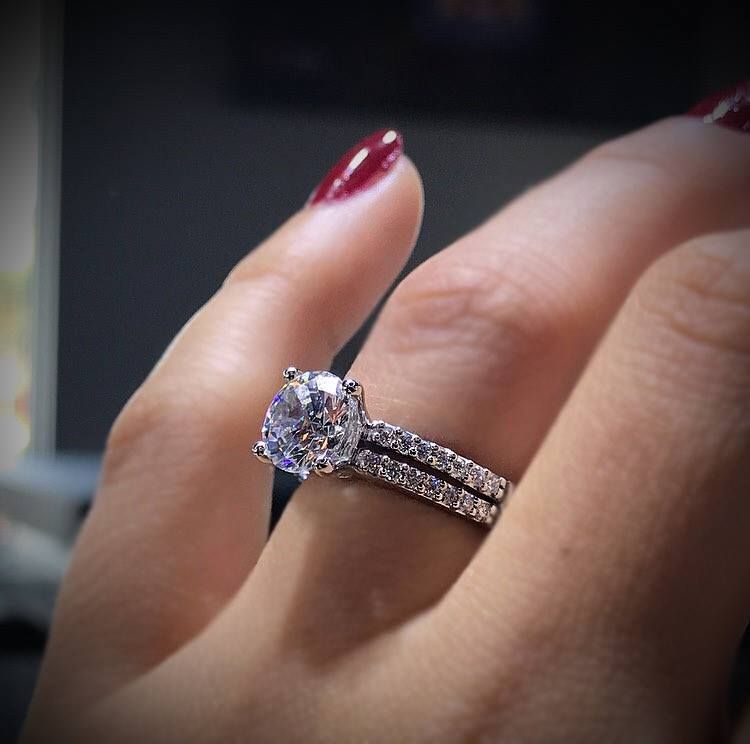 About How Much Is A 1 Carat Diamond Raymond Lee Jewelers Fairytale Engagement Rings Tacori Engagement Rings Real Engagement Rings