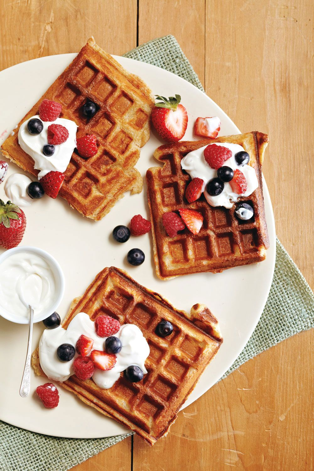 Power Waffles And Fruit Maple Syrup Recipes Delicious Breakfast Recipes Fruit Recipes