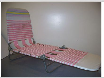 Folding Vinyl Tube Lawn Chair Ours Were Green And White Or Blue And White When Tanning S Dangers Weren T Known Lawn Chaise Folding Lounge Chair Chair