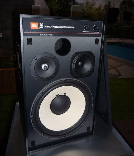 Jbl 4312se Une Edition Speciale Versez Feter Les 70 Ans De La Marque Americaine Marche Topaudio Scoop It Vintage Speakers Audio Studio Jbl