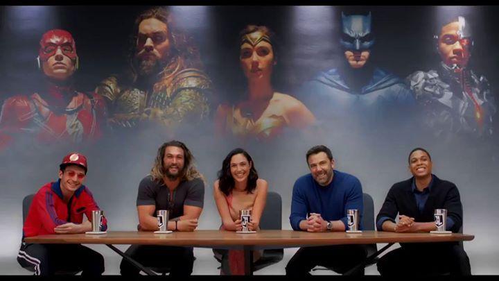 Find The Perfect Superhero Merch Here Super Comics Online Justice League Cast Justice League New Justice League