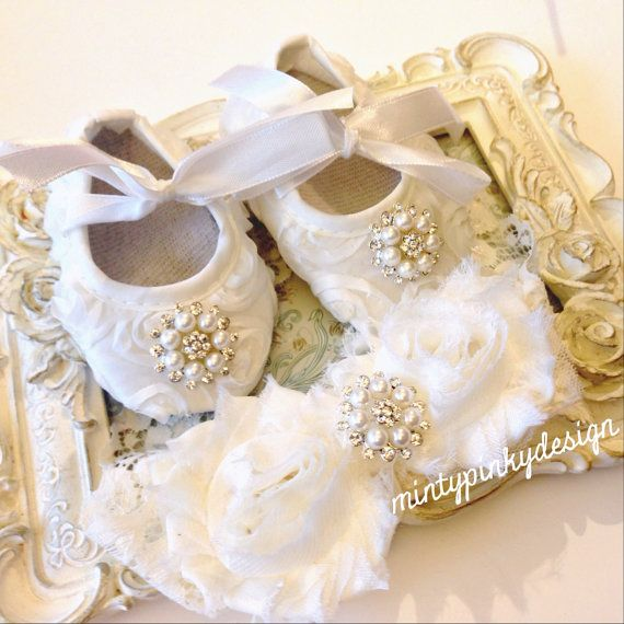 Ivory Baby crib shoes, baby shoes and headband, christening ...