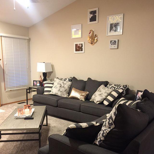 Levon Sofa Charcoal College Living Room Decor Tan Walls Living