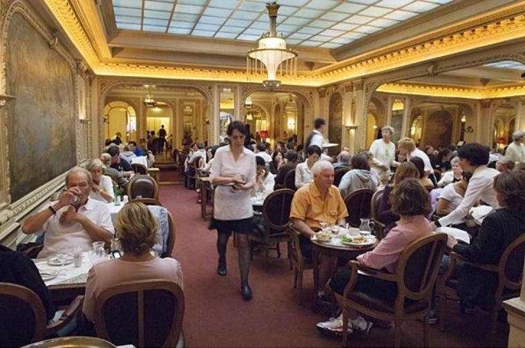 Salon de the angelina situe au 226 rue de rivoli 75001 ouvert du lundi a dimanche 7h30 a 19h30 - Salon de the angelina paris ...