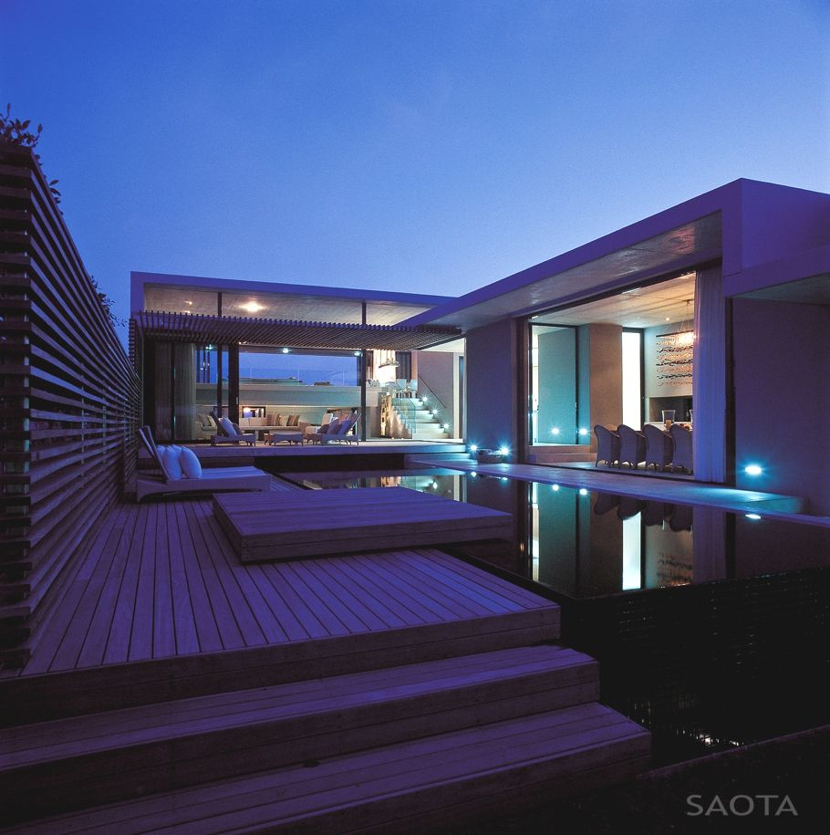 The Mesmerizing Voelklip Beach House in South Africa | South africa ...