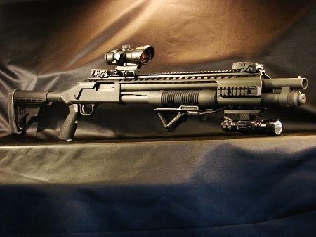 Black Aces Tactical Picatinny Quad Rail RB7SLIM - Mossberg 500