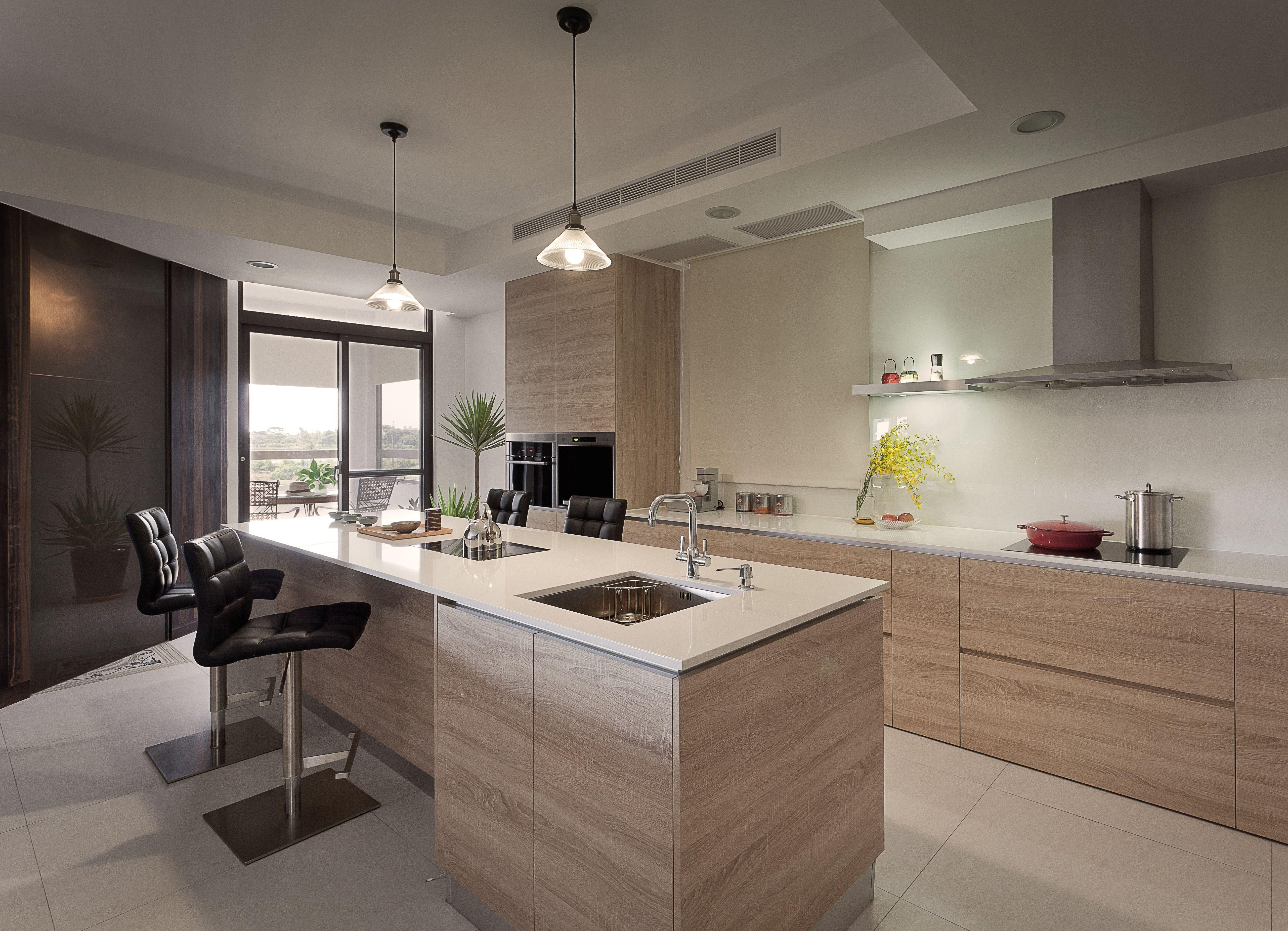 modern kitchen interior by wei che lee cucina moderna cucine moderne cucine on l kitchen interior modern id=59051