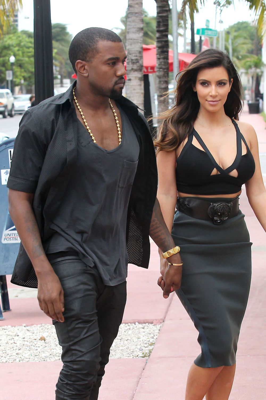 Kim Kardashian And Kanye West Street Style Kim Kardashian And Kanye West Kim Kardashi Kim Kardashian And Kanye Kim Kardashian Kanye West Kanye West And Kim