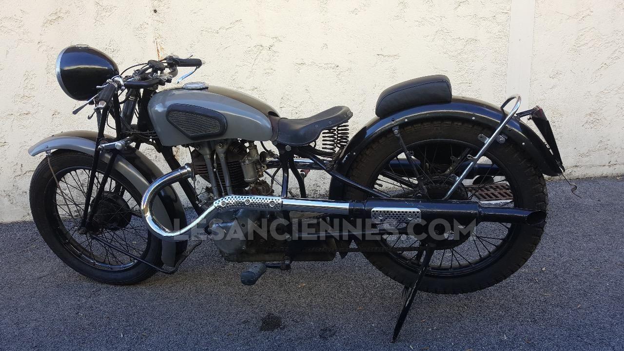 ventes moto peugeot p 135 sport 1937 les annonces les anciennes com anciennes net. Black Bedroom Furniture Sets. Home Design Ideas