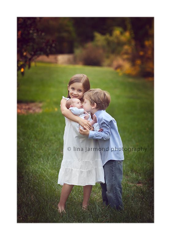 Sibling posing ideas. Different and sweet!