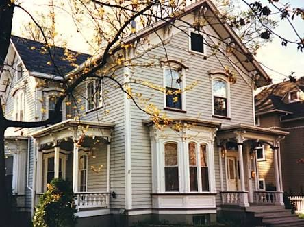Old Flat Roof House With Bay Windows Google Search Victorian Homes Flat Roof House Window Trim Exterior