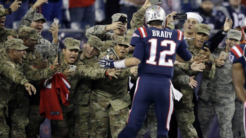 New England Patriots Quarterback Tom Brady Greets Members Of The U S Military Along The Sideline B New England Patriots New England Patriots Football Patriots