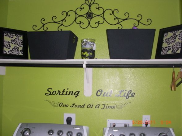 Lime Green Laundry Room So Cute