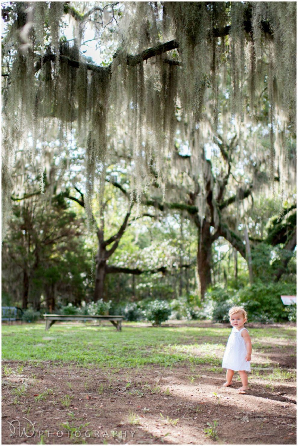 one year photo ideas. live oaks. hilton head island family photographer. W PHOTOGRAPHY 2014