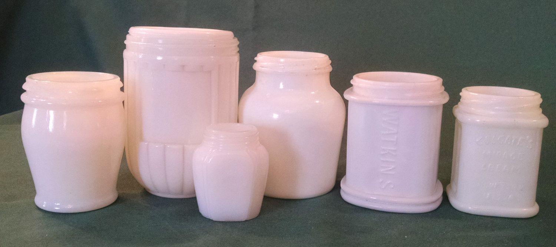 Vintage Milk glass jars, vintage milkglass, vintage jars, vanity jars, vintage glass, White milk glass, milkglass, old lotion jar, vintage by Vintagepetalpushers on Etsy