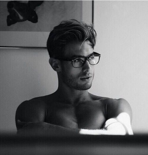 Looking for some hot man glasses for the hubs. These are kinda Ray Ban-ish.
