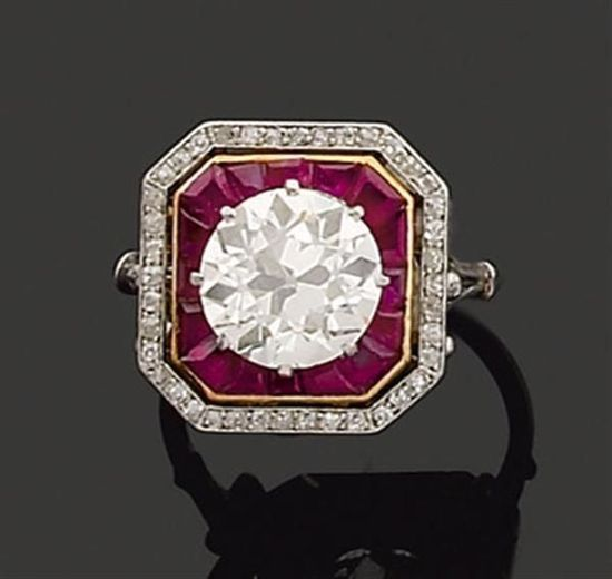 I would LOVE to own this ring! Art Deco Ruby and Diamond Women's vintage fashion accessories jewelry