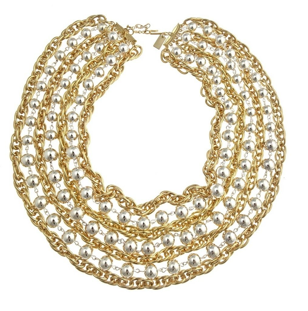 Now that's a statement necklace!!