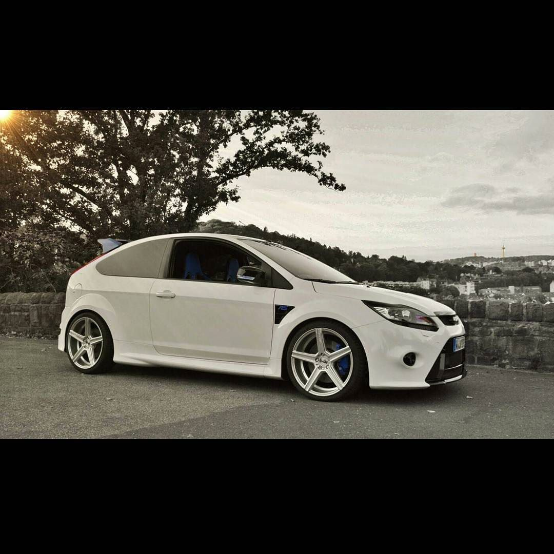 winterschlaf and ready for 2016 ford focus rs focusst. Black Bedroom Furniture Sets. Home Design Ideas