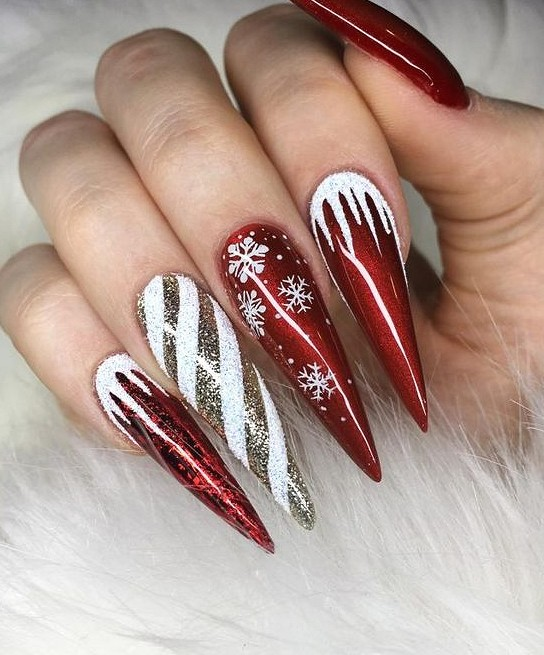 Festive Christmas Nail Art Designs Ideas For New Year 2020 Beautiful Christmas Nail Art Designs New Years Nail Designs Christmas Nails Stylish Nails Designs