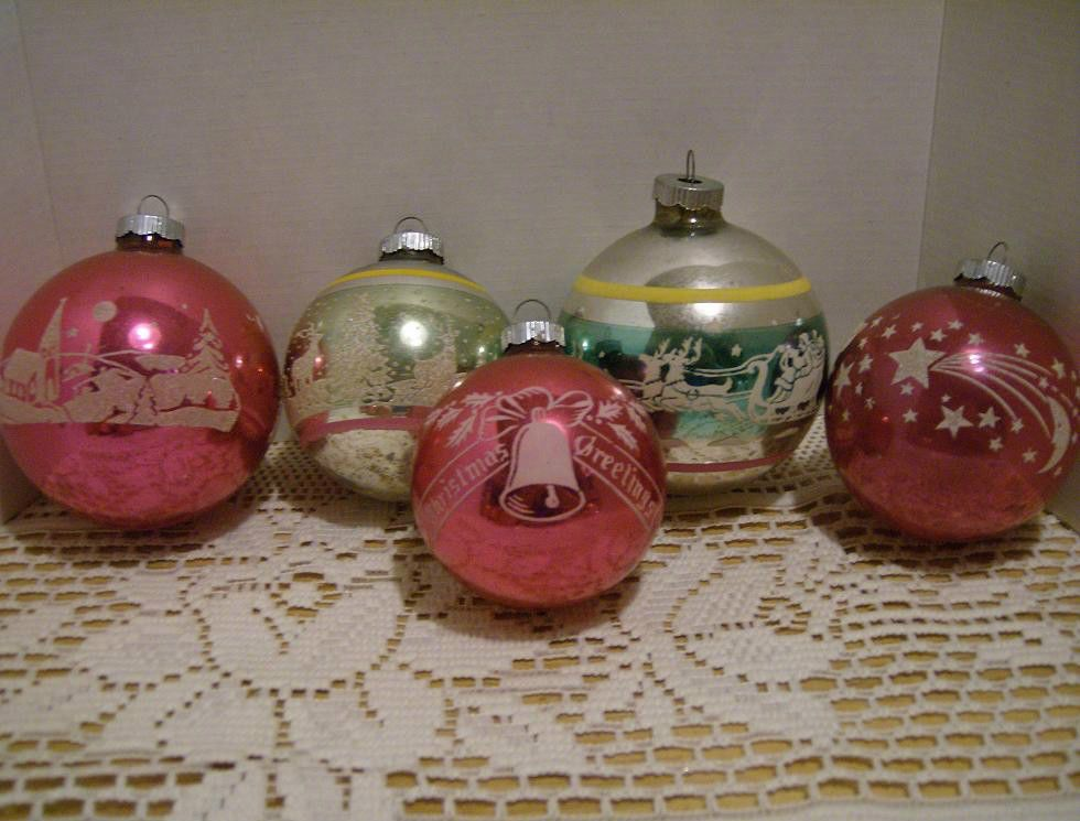 5 Vintage Sniny Brite Stenciled Glass Christmas Ornaments~USA