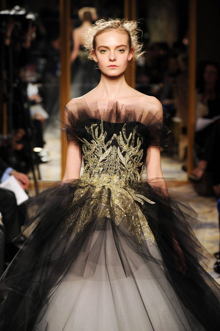 Marchesa | The Catwalk | Pinterest | Marchesa, Haute couture style ...