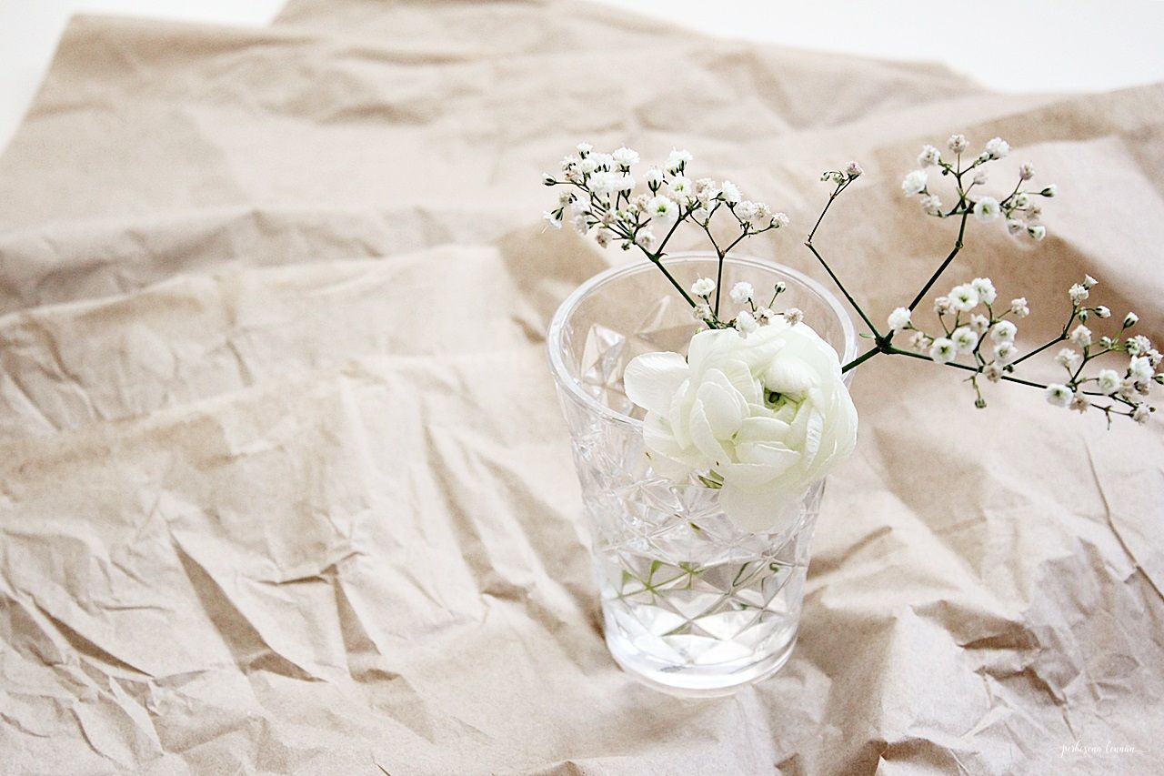 white flowers paper