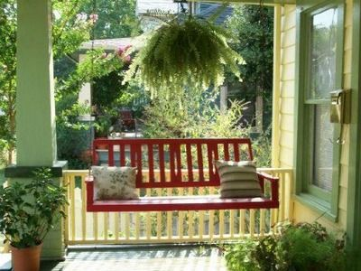 111 Miller Ave, Maryville, TN 37803 | Zillow | Porch swing ...