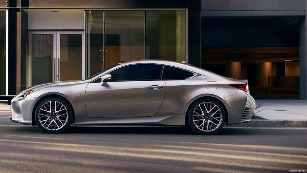 If You Re Looking For A 4 Passenger 2 Door Sports Coupe As Expressive As It Is Reliable Lexus Rc Coupe Is The One To Get Lexus Coupe Lexus Sports Coupe