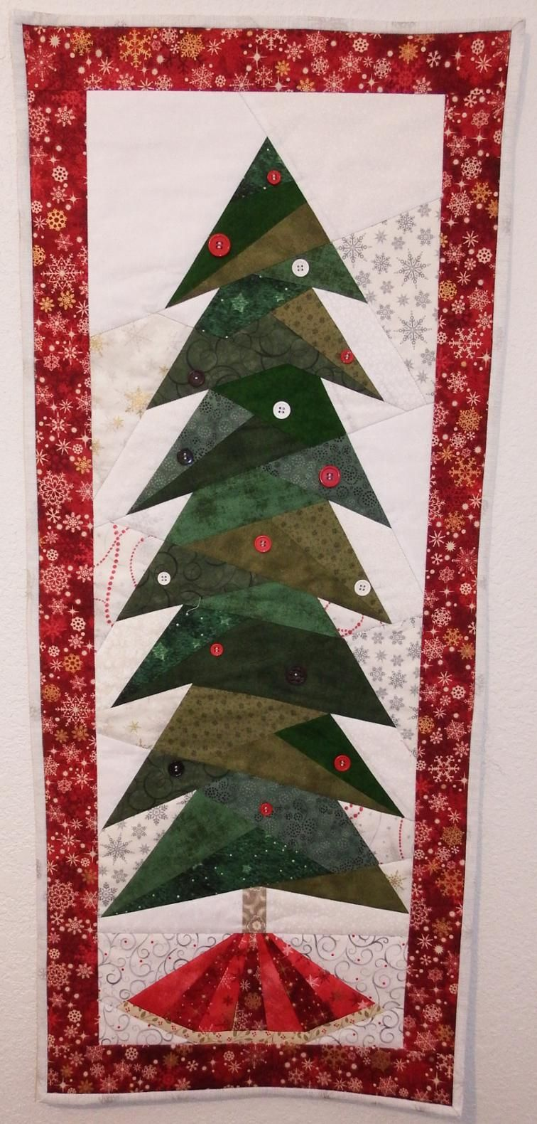 Christmas Tree Wall Hanging Foundation Paper Piecing Pattern By
