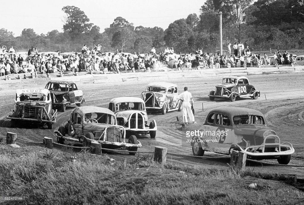 stock-car-race-in-vintage-cars-in-windsor-near-sydney-australia ...