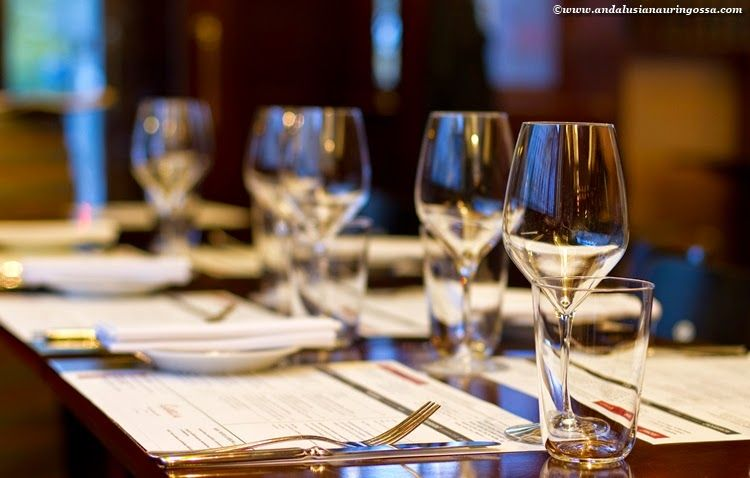 Dining and w(h)ining in Carelia, a Helsinki classic.
