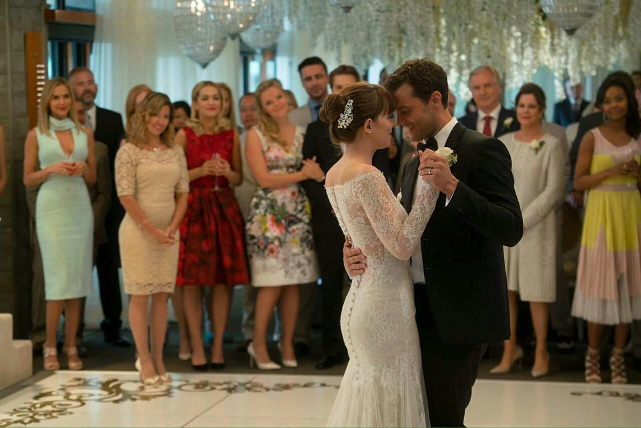 Pin By G On 50 Shades Of Grey Fifty Shades Light Green Dress Fifty Shades Freed [ 855 x 1280 Pixel ]