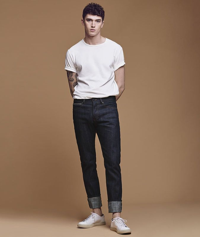 d0a68332fcb 10 Go-To Ways To Wear A White Tee